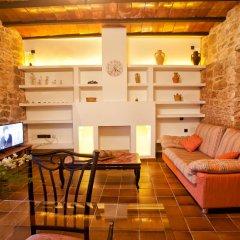 Отель Agroturismo Finca Es Carbó интерьер отеля фото 2