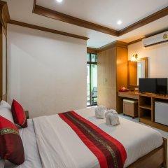 Отель Magnific Guesthouse Patong комната для гостей