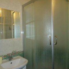 Гостиница Радуга в Уфе 2 отзыва об отеле, цены и фото номеров - забронировать гостиницу Радуга онлайн Уфа ванная фото 2