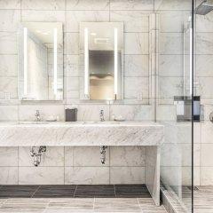 Отель The Gallivant Times Square США, Нью-Йорк - 1 отзыв об отеле, цены и фото номеров - забронировать отель The Gallivant Times Square онлайн ванная фото 2