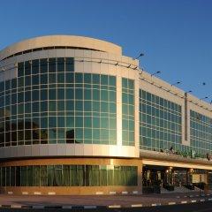 Отель Holiday Inn Bur Dubai Embassy District Дубай приотельная территория