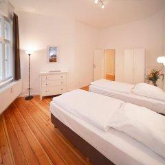 Апартаменты Old Town Apartments Greifswalder Strasse комната для гостей фото 4