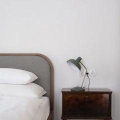 Отель 1477 Reichhalter Eat & Sleep Лана сейф в номере