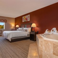 Отель Holiday Inn Express Stony Brook спа