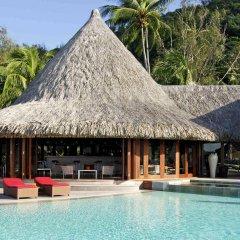 Отель Sofitel Bora Bora Marara Beach Hotel Французская Полинезия, Бора-Бора - отзывы, цены и фото номеров - забронировать отель Sofitel Bora Bora Marara Beach Hotel онлайн бассейн фото 3