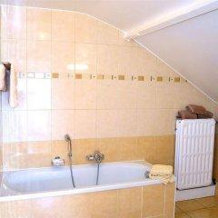 Отель Frederiksborg Бельгия, Брюссель - 1 отзыв об отеле, цены и фото номеров - забронировать отель Frederiksborg онлайн ванная фото 2