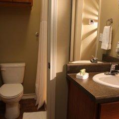 Отель Eagle's Den Suites at Kenedy США, Кенеди - отзывы, цены и фото номеров - забронировать отель Eagle's Den Suites at Kenedy онлайн ванная