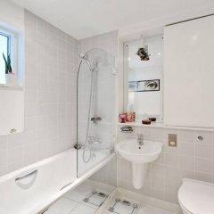 Апартаменты 1 Bedroom Apartment With Balcony in Haggerston ванная фото 2