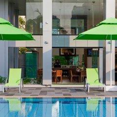 Отель 8 on Claymore Serviced Residences Сингапур, Сингапур - отзывы, цены и фото номеров - забронировать отель 8 on Claymore Serviced Residences онлайн бассейн фото 2