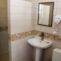 Yeghevnut Hotel ванная