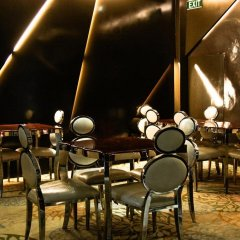 Отель A & EM - Hai Ba Trung гостиничный бар