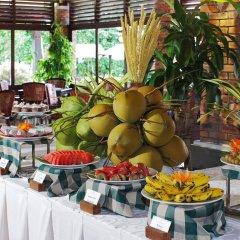 Отель Pandanus Resort питание
