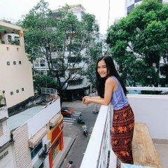Wanderlust Saigon Hostel балкон
