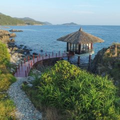 Отель Vinpearl Luxury Nha Trang пляж