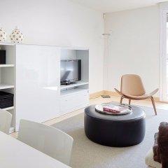 Отель Hondarribi 63C Apartment by FeelFree Rentals Испания, Фуэнтеррабиа - отзывы, цены и фото номеров - забронировать отель Hondarribi 63C Apartment by FeelFree Rentals онлайн комната для гостей фото 4