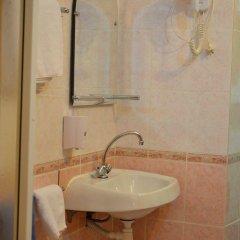 Отель Меблированные комнаты На Садовой Санкт-Петербург ванная фото 2
