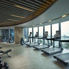 Отель Hilton Shenzhen Shekou Nanhai фитнесс-зал фото 2