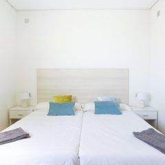 Отель Koisi Hostel Испания, Сан-Себастьян - отзывы, цены и фото номеров - забронировать отель Koisi Hostel онлайн комната для гостей фото 2