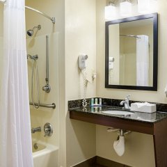 Отель Quality Inn Vicksburg ванная