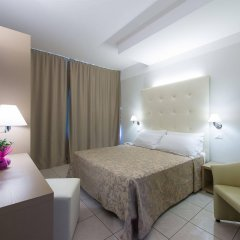Отель Cristallo Италия, Риччоне - отзывы, цены и фото номеров - забронировать отель Cristallo онлайн комната для гостей фото 4
