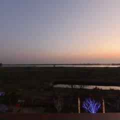 Отель Hoi An Odyssey Hotel Вьетнам, Хойан - 1 отзыв об отеле, цены и фото номеров - забронировать отель Hoi An Odyssey Hotel онлайн пляж фото 2
