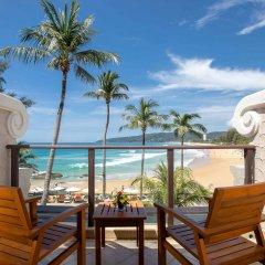 Отель Beyond Resort Karon балкон