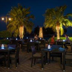 Отель Khalidiya Palace Rayhaan by Rotana, Abu Dhabi развлечения
