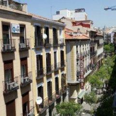 Отель Hostal Casa Bueno Испания, Мадрид - отзывы, цены и фото номеров - забронировать отель Hostal Casa Bueno онлайн балкон