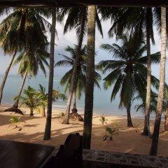 Отель Palm Point Village пляж фото 2