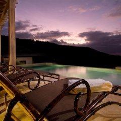 Отель Villa 17 - Four Bedroom Villa бассейн