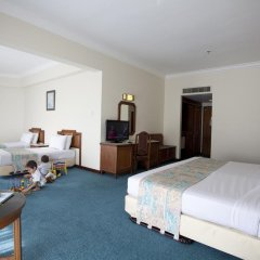 Отель Bayview Beach Resort Малайзия, Пенанг - 6 отзывов об отеле, цены и фото номеров - забронировать отель Bayview Beach Resort онлайн удобства в номере фото 2