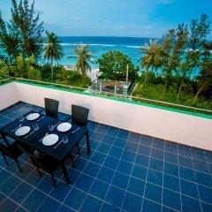 Отель Beach Grand & Spa Premium Мальдивы, Мале - отзывы, цены и фото номеров - забронировать отель Beach Grand & Spa Premium онлайн балкон