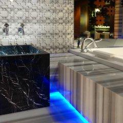 W Istanbul - Special Class Турция, Стамбул - 1 отзыв об отеле, цены и фото номеров - забронировать отель W Istanbul - Special Class онлайн бассейн