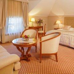Hotel Zlatnik комната для гостей