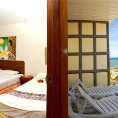 Отель Beachcomber Island Resort Фиджи, Остров Баунти - отзывы, цены и фото номеров - забронировать отель Beachcomber Island Resort онлайн балкон
