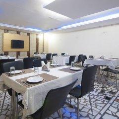 Отель Apra International Индия, Нью-Дели - отзывы, цены и фото номеров - забронировать отель Apra International онлайн помещение для мероприятий