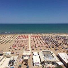 Отель Regina Римини пляж фото 2
