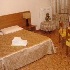 Отель B&B Santa Sofia Италия, Венеция - 1 отзыв об отеле, цены и фото номеров - забронировать отель B&B Santa Sofia онлайн комната для гостей фото 3