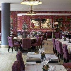 Отель Haymarket Hotel Великобритания, Лондон - отзывы, цены и фото номеров - забронировать отель Haymarket Hotel онлайн питание фото 2