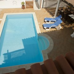 Ericeira Chill Hill Hostel & Private Rooms - Sea Food бассейн фото 3