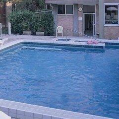Отель Terme Villa Piave Италия, Абано-Терме - отзывы, цены и фото номеров - забронировать отель Terme Villa Piave онлайн бассейн