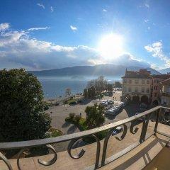 Отель Appartamento Palazzotto - 3 Br Apts Вербания балкон