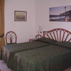 Отель Albergo Le Briciole Проччио комната для гостей