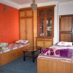 Отель Nepal Travelers Home Непал, Катманду - отзывы, цены и фото номеров - забронировать отель Nepal Travelers Home онлайн бассейн