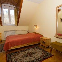 Отель Budavar Pension сейф в номере