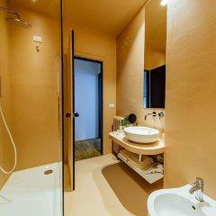Отель oM Plus Prato della Valle Италия, Падуя - отзывы, цены и фото номеров - забронировать отель oM Plus Prato della Valle онлайн ванная фото 2