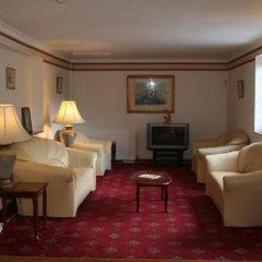 Yardley Manor Hotel развлечения