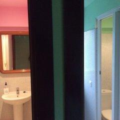 Отель Albergue Llanes Playa de Poo Испания, Льянес - отзывы, цены и фото номеров - забронировать отель Albergue Llanes Playa de Poo онлайн ванная фото 2