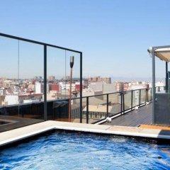 Отель Marina Atarazanas Испания, Валенсия - 2 отзыва об отеле, цены и фото номеров - забронировать отель Marina Atarazanas онлайн бассейн фото 2