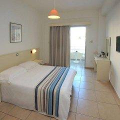 Апартаменты Mayfair Gardens Apartments комната для гостей фото 4